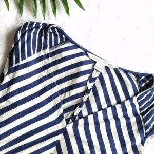 Diane Von Furstenberg dress size 6 stripes blue